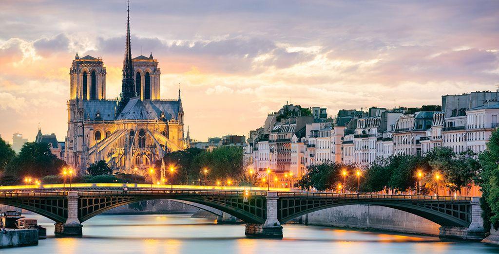 Notre Dame con el río Sena