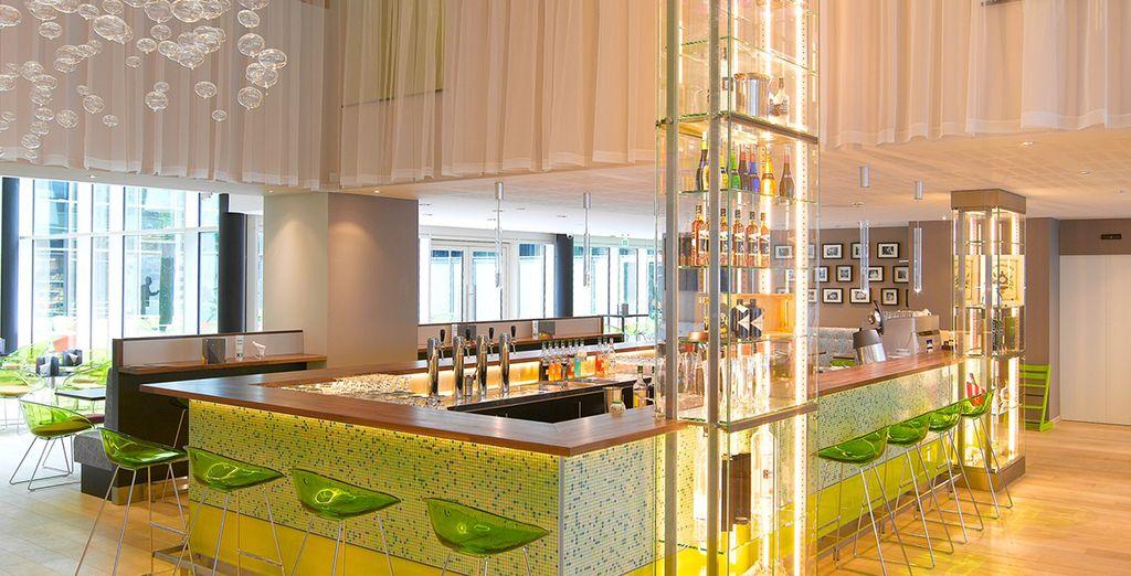 El hotel cuenta con un restaurante de tipo brasserie