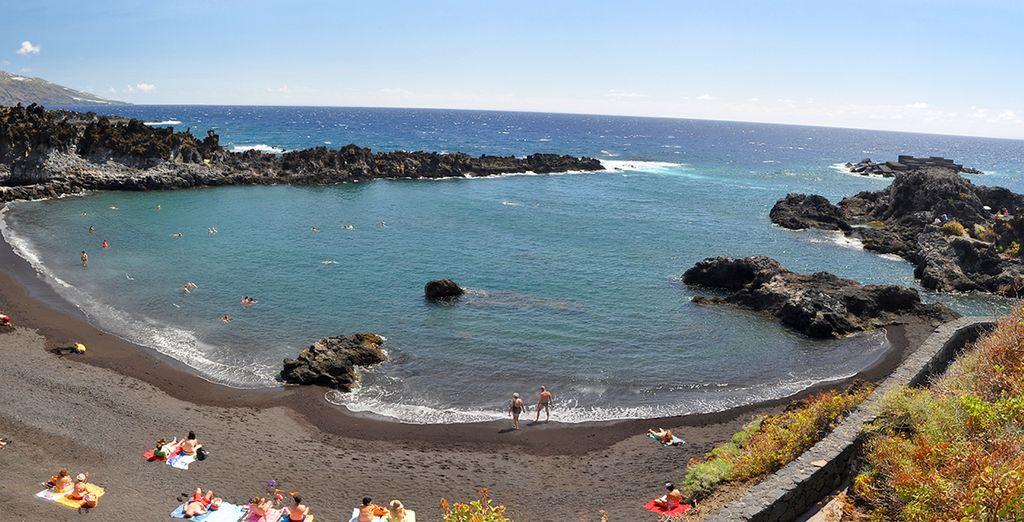 Tómese un baño en sus hermosas playas