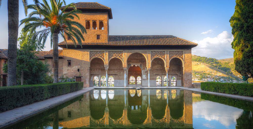 La Alhambra es el monumento más emblemático de Granada