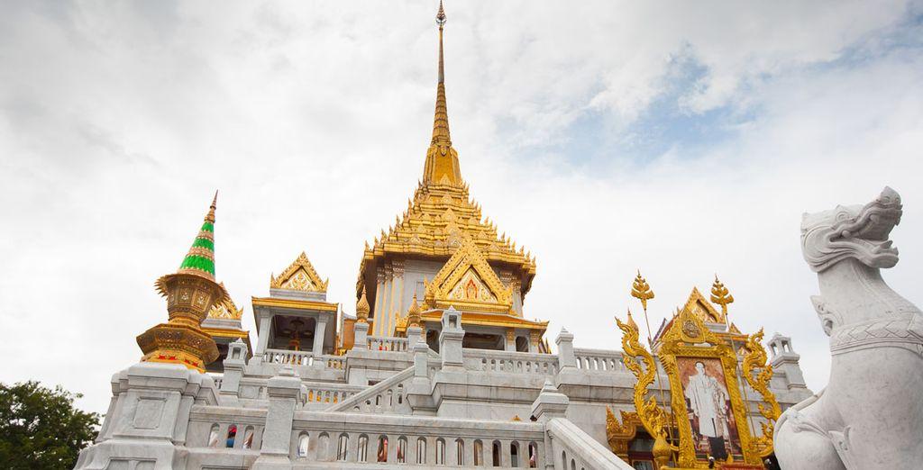 El segundo día conocerá el Templo Wat Traimit