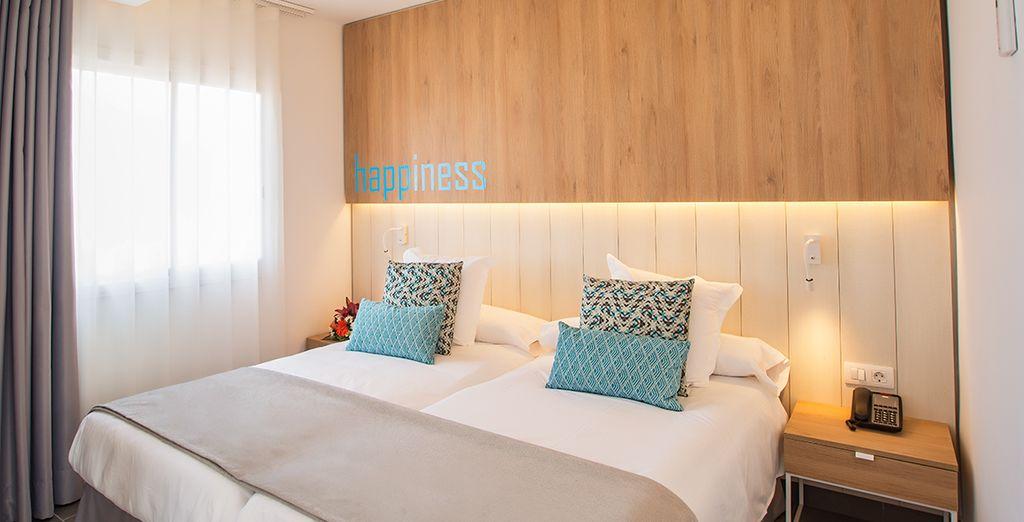 El dormitorio de su suite está completamente equipado