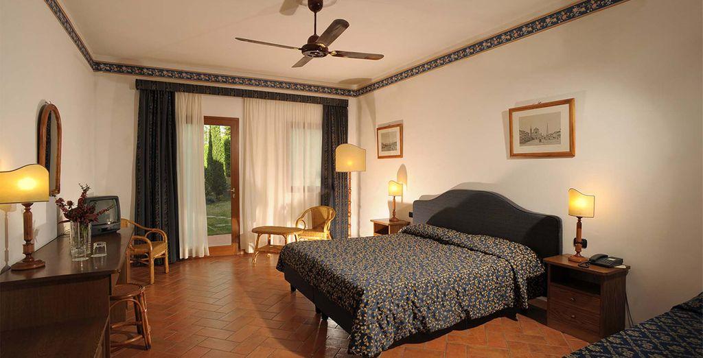 Alojarse en una habitación totalmente confortable para descansar