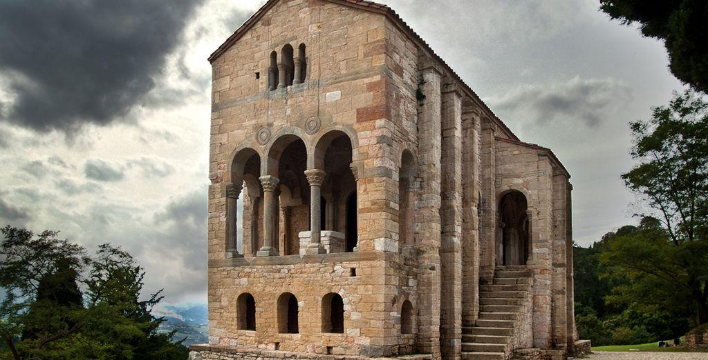 Visite Santa María del Naranco
