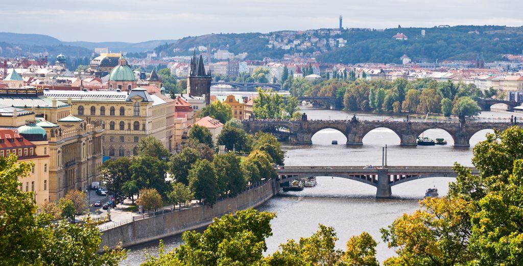 Vistas del río Moldava en su paso por Praga