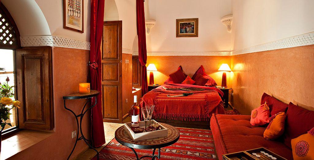 Disfrute de una de las magníficas habitaciones del hotel ...