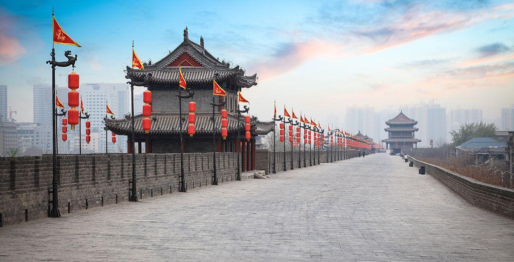 Visite la hermosa y antigua muralla de la ciudad de Xian