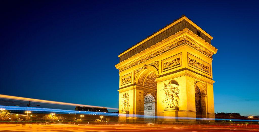 El Arco de Triunfo luce orgullosamente sus dos siglos de historia