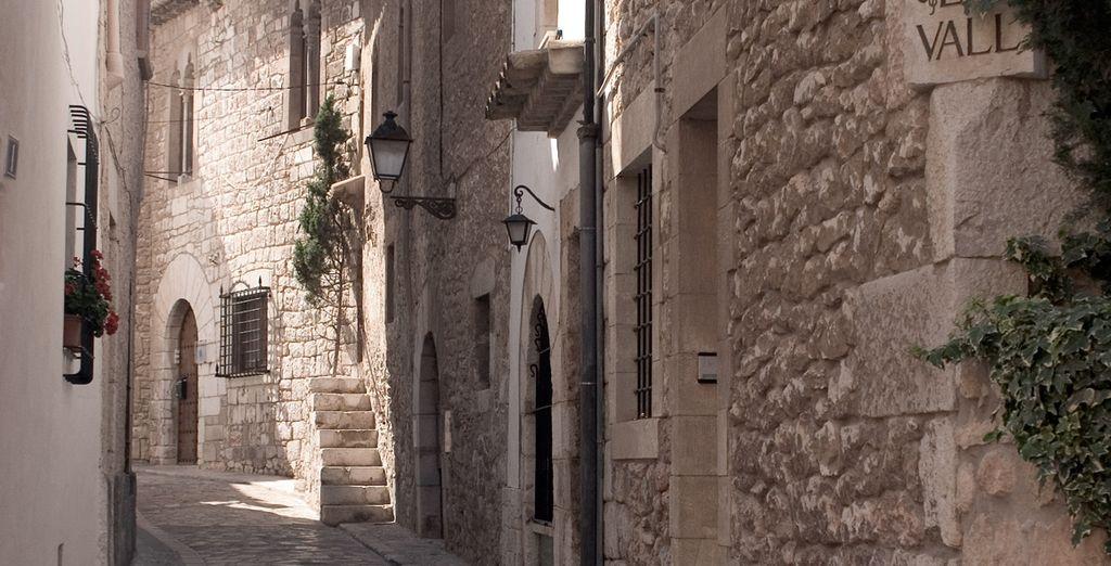 Recorre las calles llenas de historias de Sitges