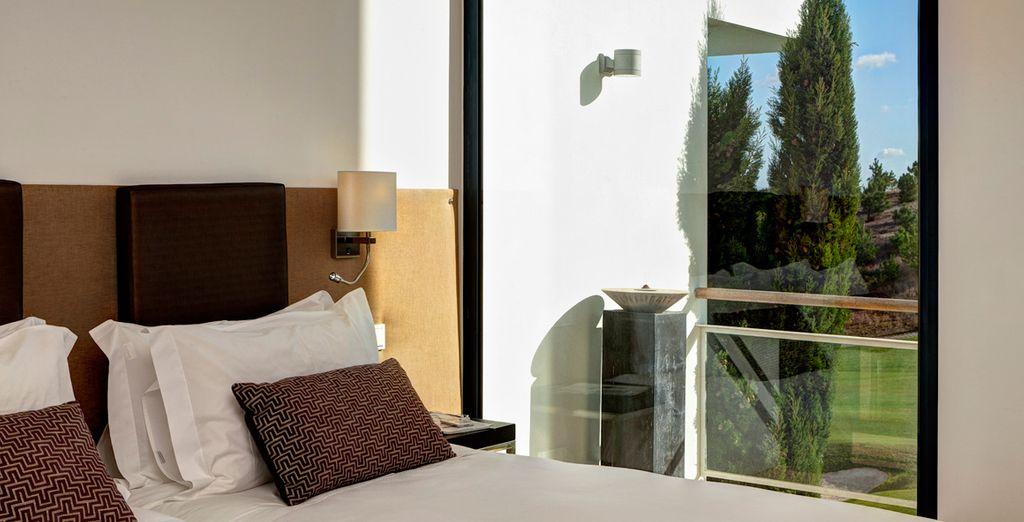 Abre las ventanas por la mañana y respira el aire fresco y puro
