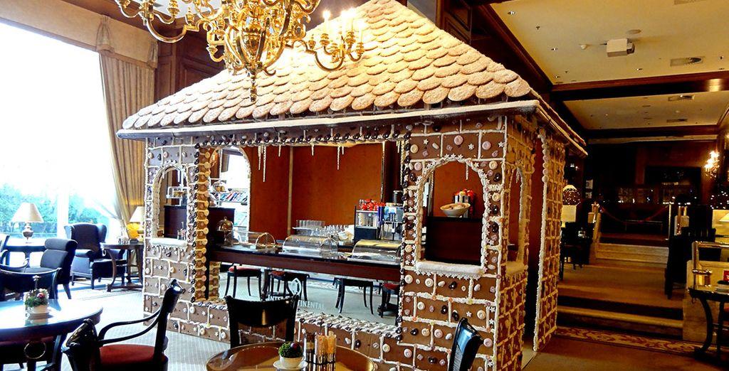 En diciembre, encontrarás una casa de jengibre real en el restaurante