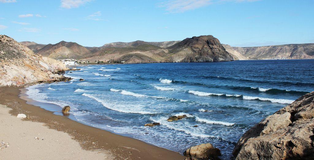 Descubre el Parque Natural de Cabo de Gata...