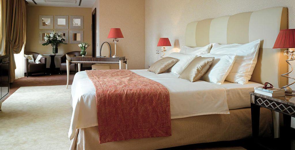 Una habitación confortable y espaciosa
