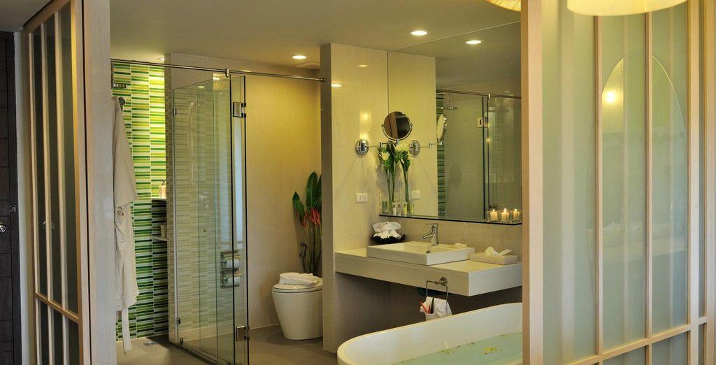 Habitaciones con baños modernos y elegantes