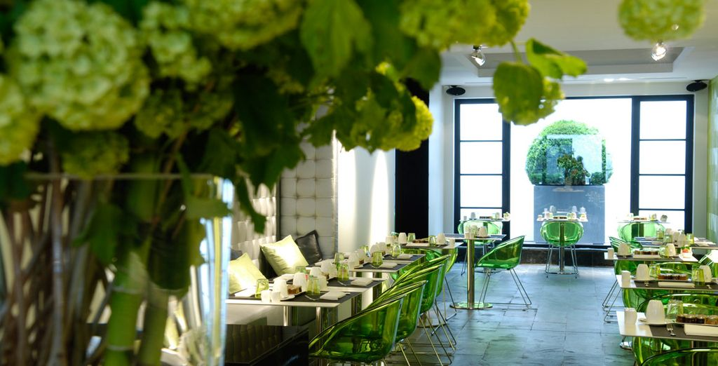 Diseño fresco y moderno con colores manzana verde, negro y blanco