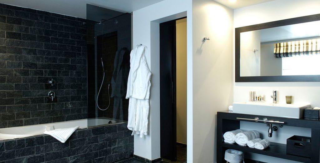 Con baño completo moderno