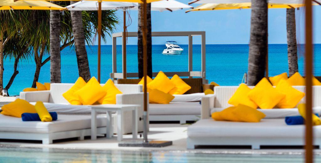 Descubre su exclusivo Club de Playa