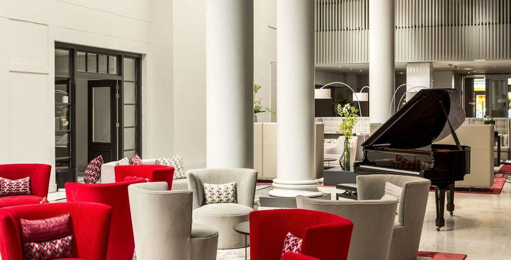 Espacios comunes llenos de confort y elegancia en NH Collection Barbizon Palace 5*