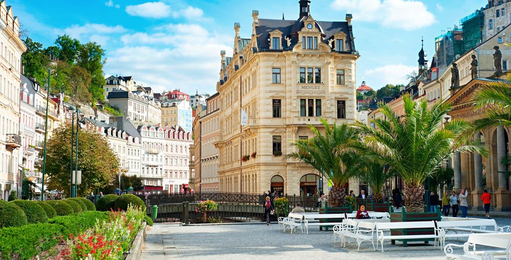 Visitarás la famosa estación termal de Karlovy Vary