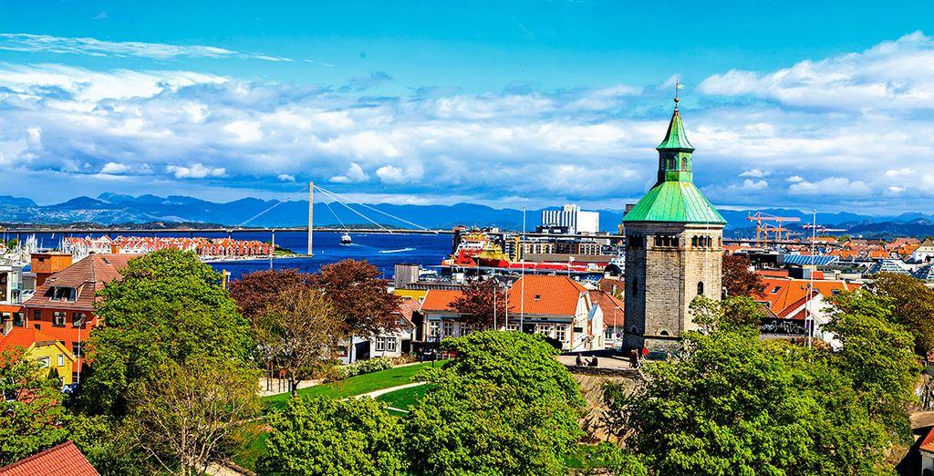 Stavanger está coronada por la Torre Valberg