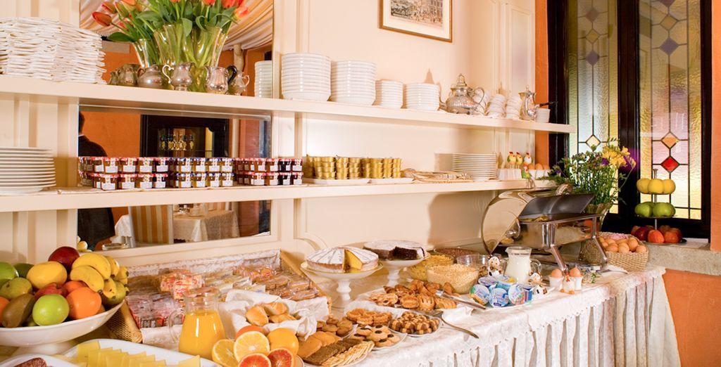 Disfrutarás de un buen desayuno incluido durante toda su estancia