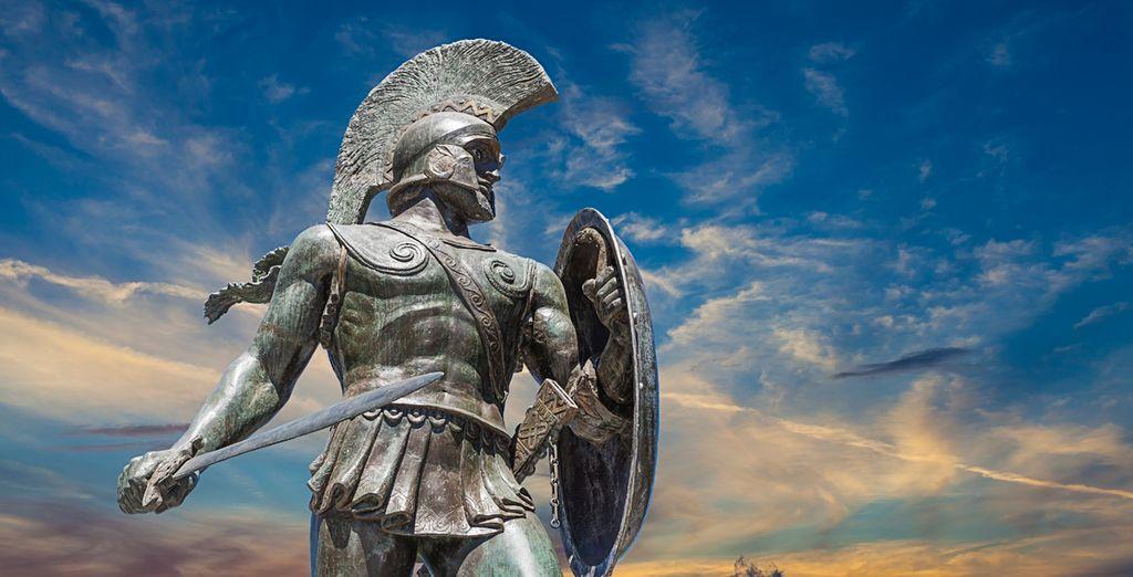 En Termopilas, podrás admirar la estatua del Rey Espartano, Leónidas