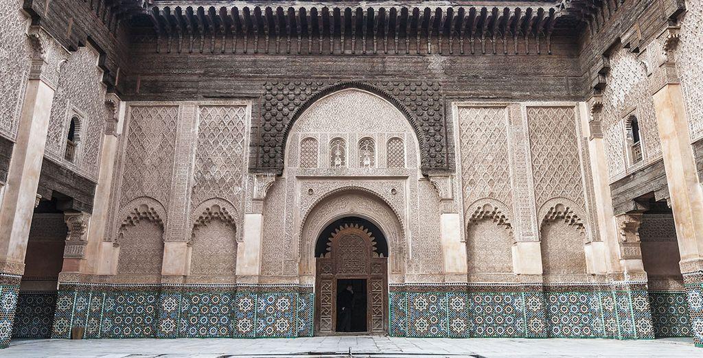 Admira su preciosa arquitectura trabajada con esmero