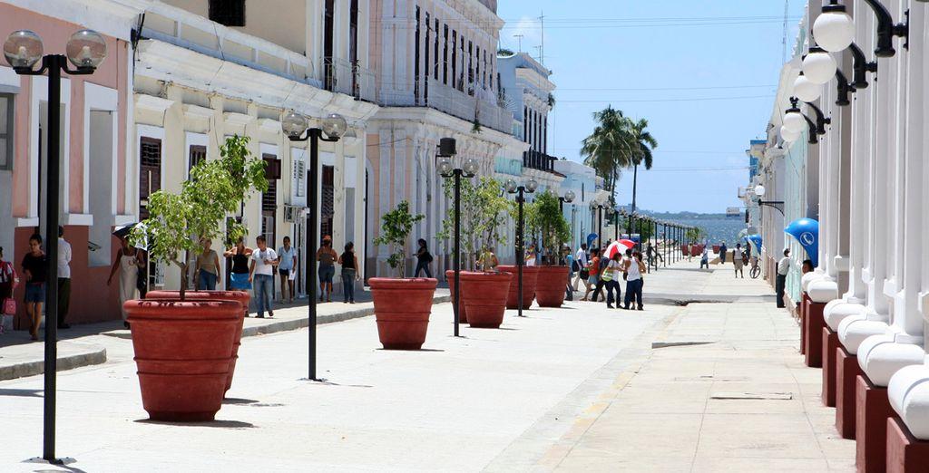 La cercanía del complejo al centro urbano lo convierte en uno de los destinos favoritos de quienes visitan Cuba