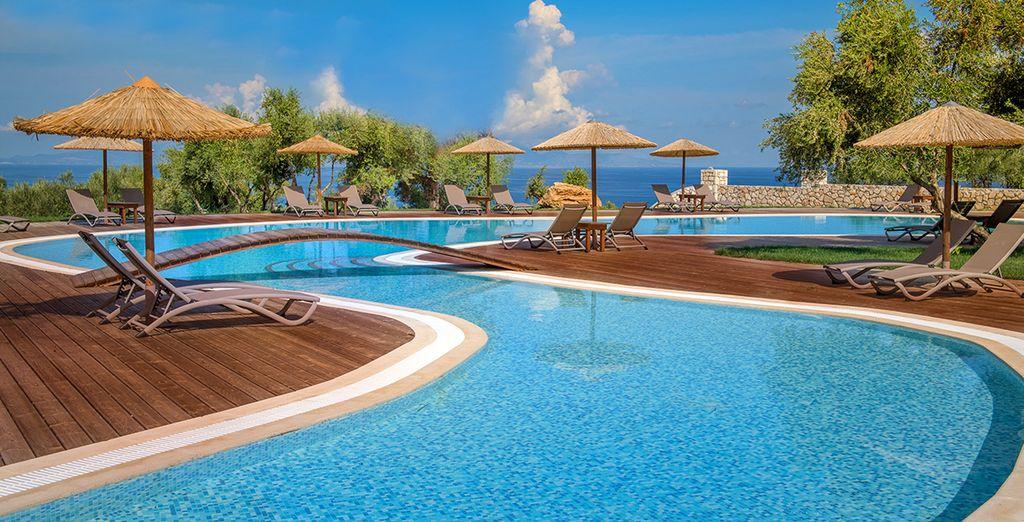 Te damos la bienvenida a Elegance Luxury Executive Suites 5*