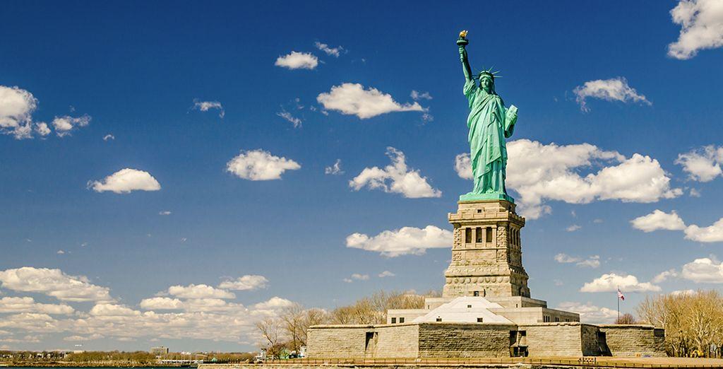 Acércate a la icónica Estatua de la Libertad