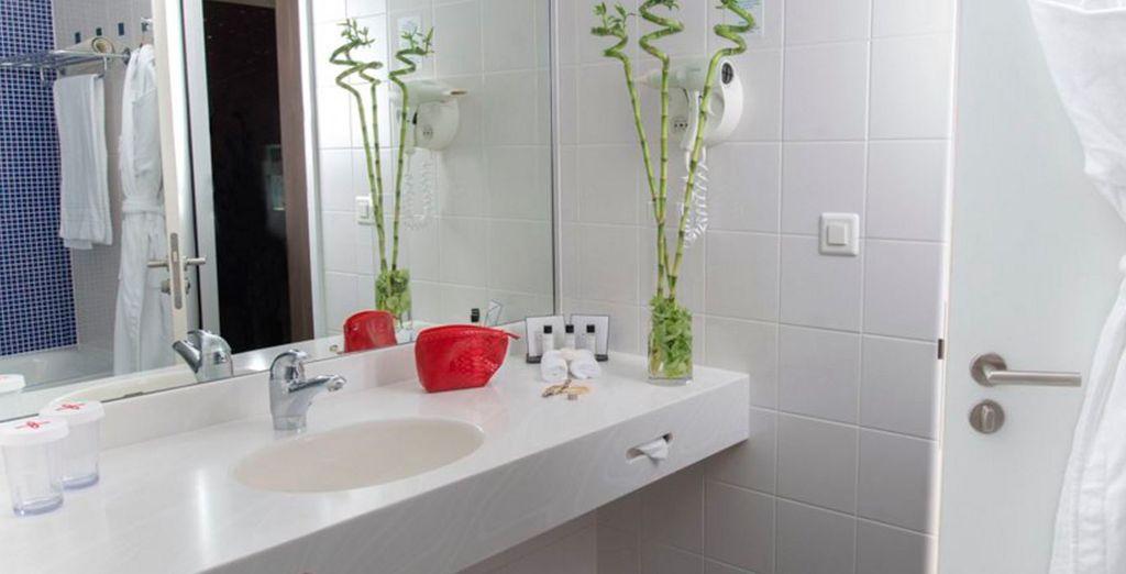 Un baño exquisito y agradable para tu estancia en Starling Hotel Geneve 4*