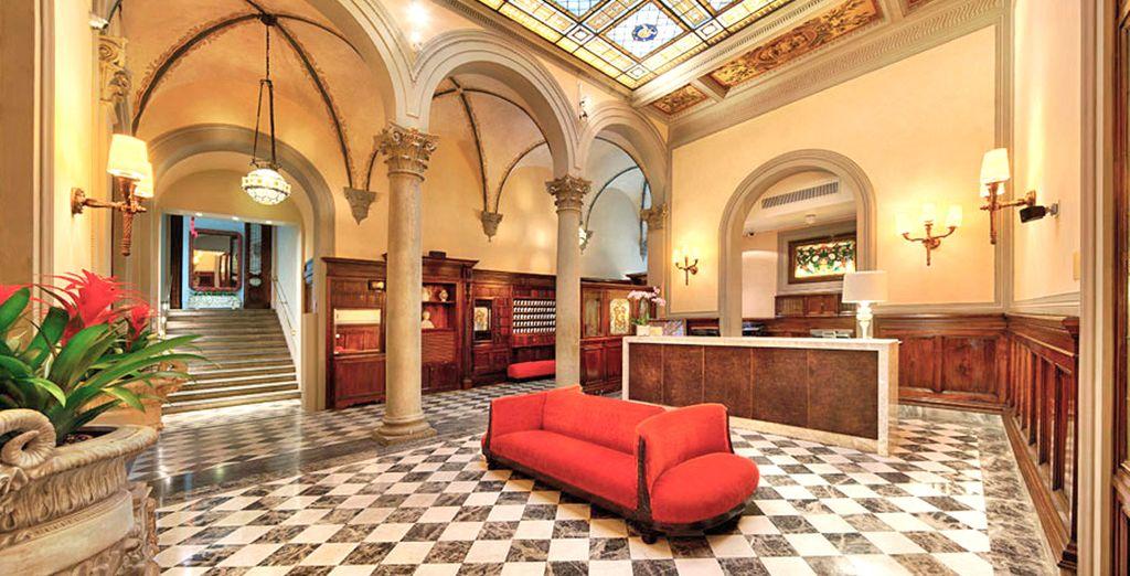 El NH Collection Firenze Porta Rossa, situado en pleno centro histórico de Florencia