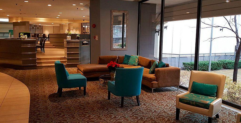 Toronto Don Valley Hotel and Suites 3*, tu alojamiento en la ciudad canadiense
