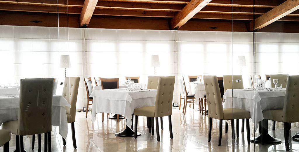 A pocos pasos del Ponte Vecchio, Sa Pischedda es el restaurante ideal para degustar los sabores de la cocina Bosana