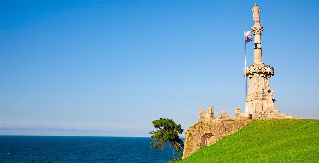Pasea junto al mar Cantábrico