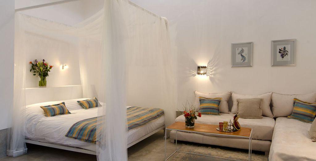 La habitación Topaz, con techo marroquí romántico y con dosel