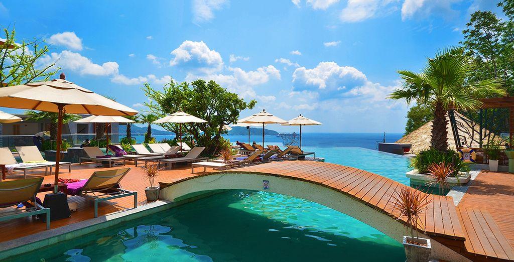 Disfruta de las vistas del Mar de Andamán desde Kalima Resort & Spa 5*