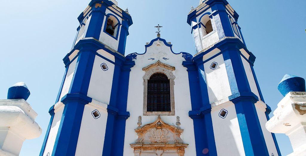 Iglesias fantásticas construidas en el interior de Portugal