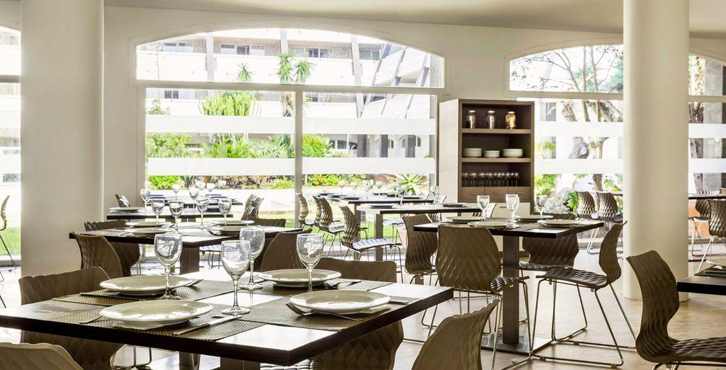 Saborea exquisita gastronomía en el restaurante