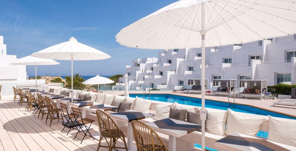 ¡Bienvenido al hotel Barceló Portinatx - Solo adultos en Ibiza!