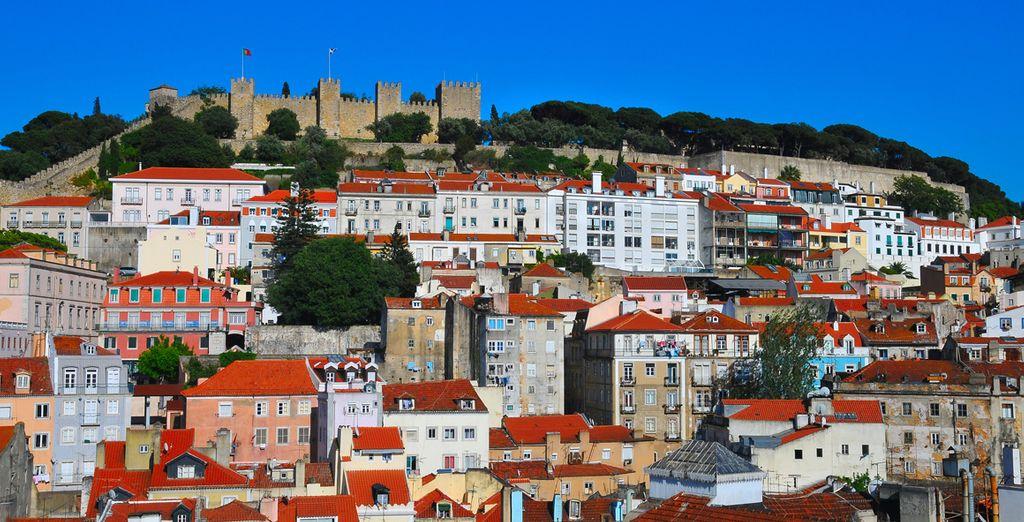 No puedes olvidarte de visitar el Castillo de San Jorge