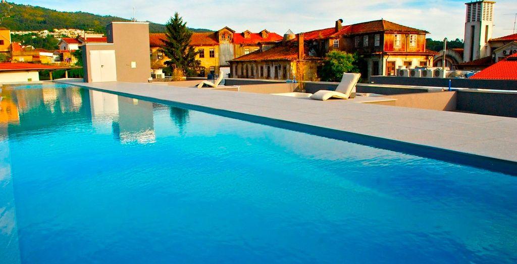 Bienvenido al elegante Santa Luzia ArtHotel 4*