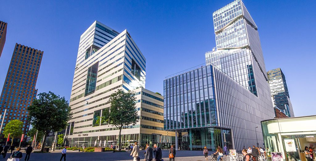 NH Amsterdam Zuid 4* se encuentra en el distrito financiero de Zuidas