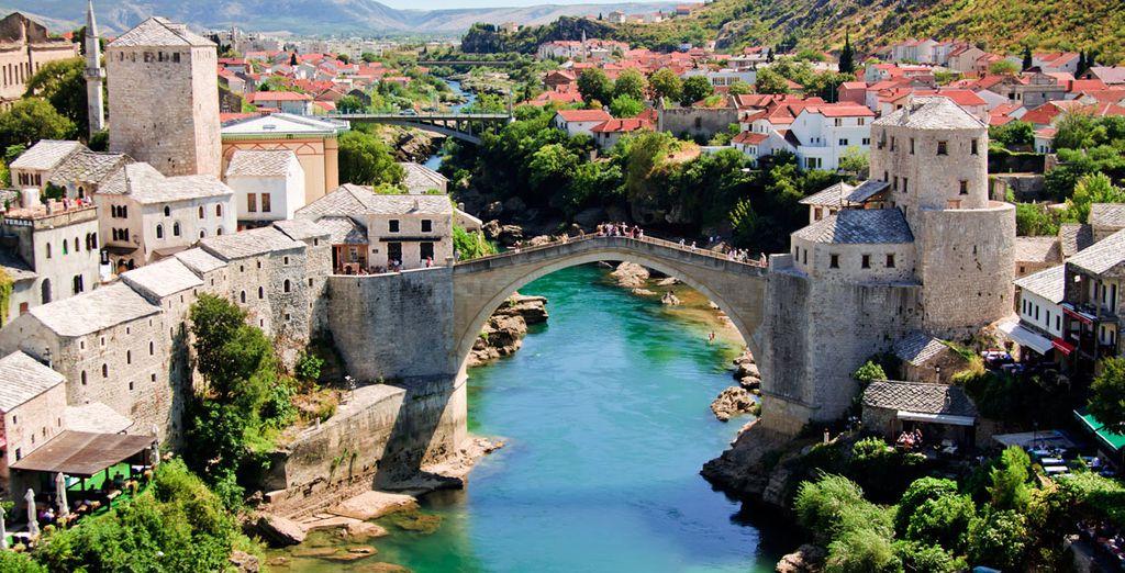 Donde destaca el Puente Viejo