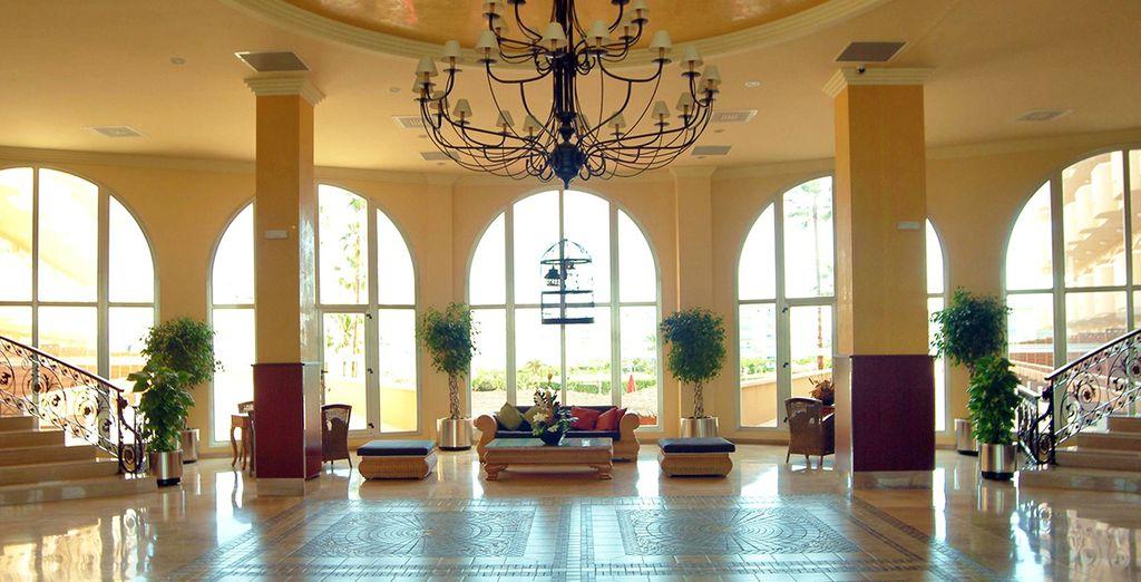 Bienvenido a Gran Hotel La Hacienda 4*