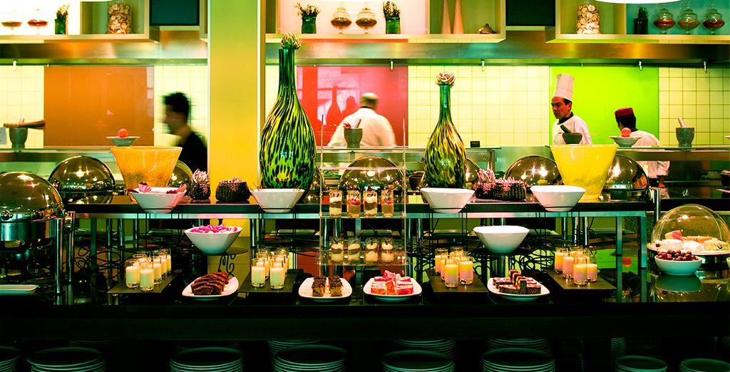 Degusta deliciosos platos internacionales