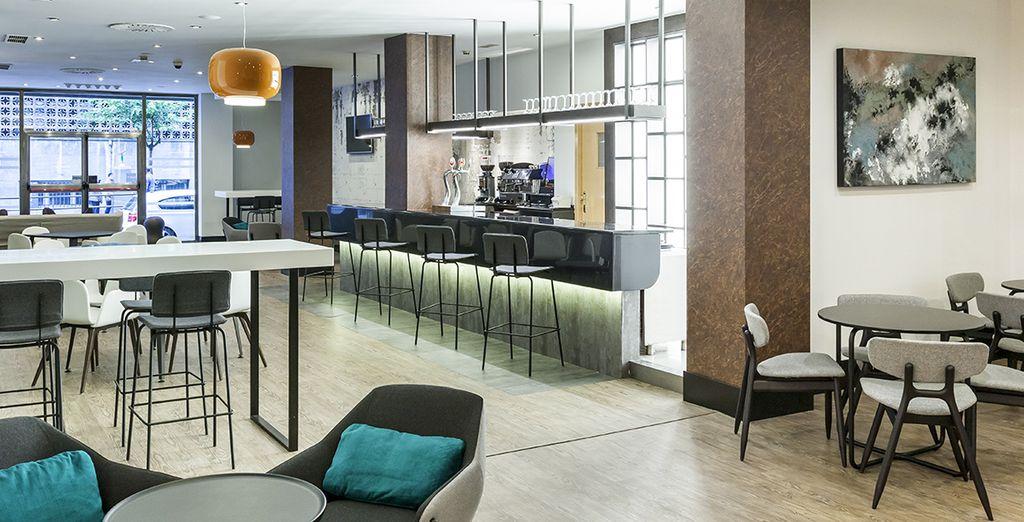 Saborea la gastronomía de la zona en el restaurante del hotel: La Kedada
