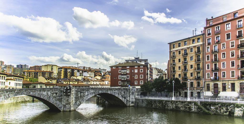 ¡El encanto de Bilbao te conquistará!