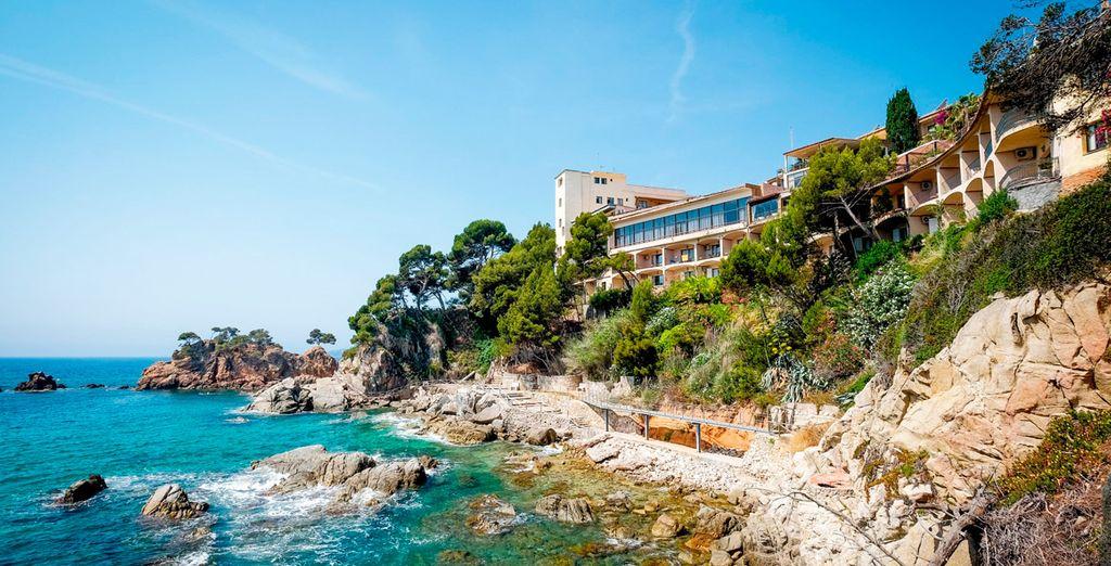 En un enclave privilegiado con vistas al Mediterráneo