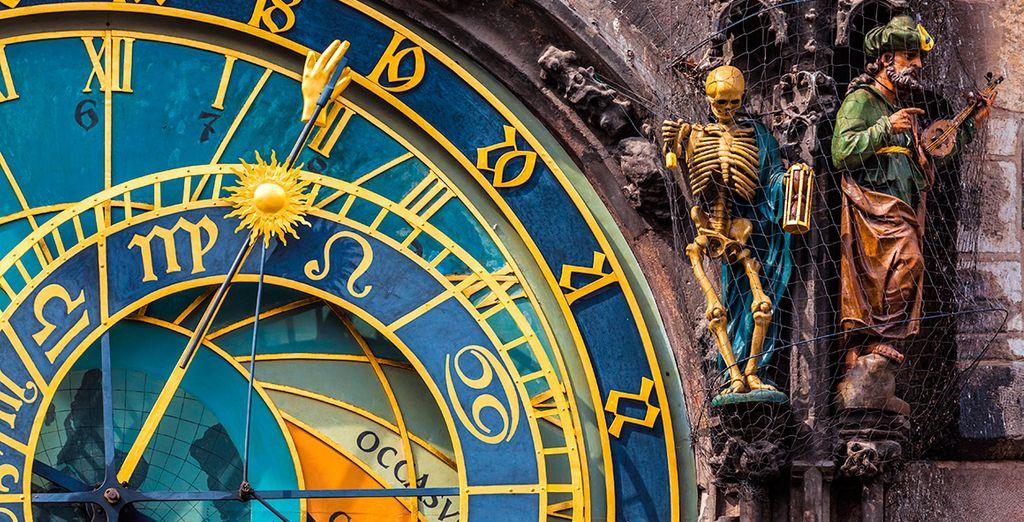 Donde se halla el reloj astronómico, símbolo de la ciudad
